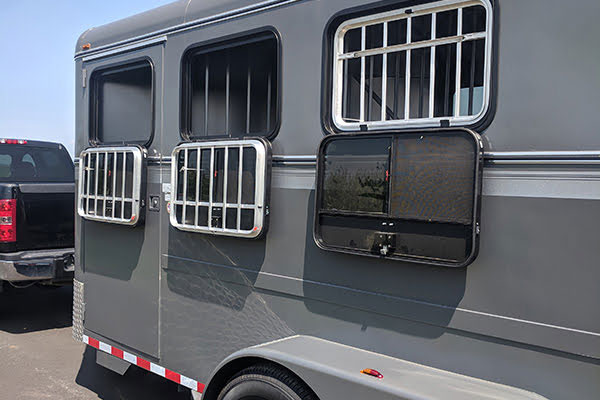Thoroughbred Trailer Model 3820